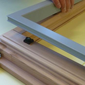 3) Applicazione telaietto alluminio