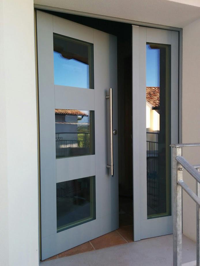 Portoncino in legno alluminio luvisotto serramenti for Prezzi serramenti legno alluminio